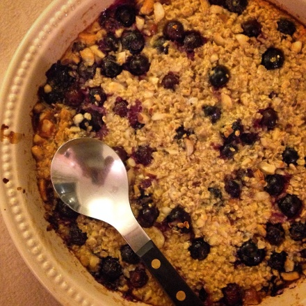 Blueberry and brazil nut baked porridge